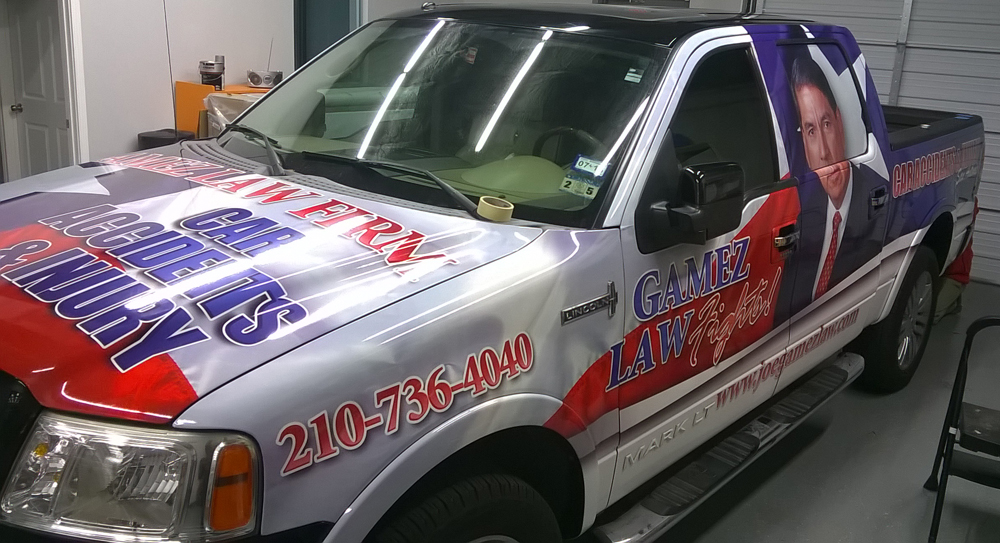 Gamez-Law_Truck-Wrap-SanAntonio_Lincoln-Mark-LT0